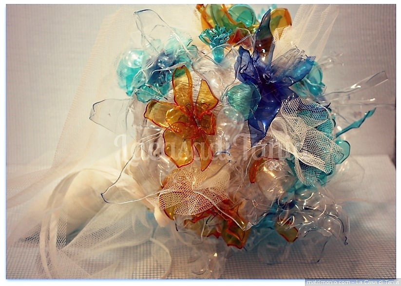 wedding week bouquet plastica