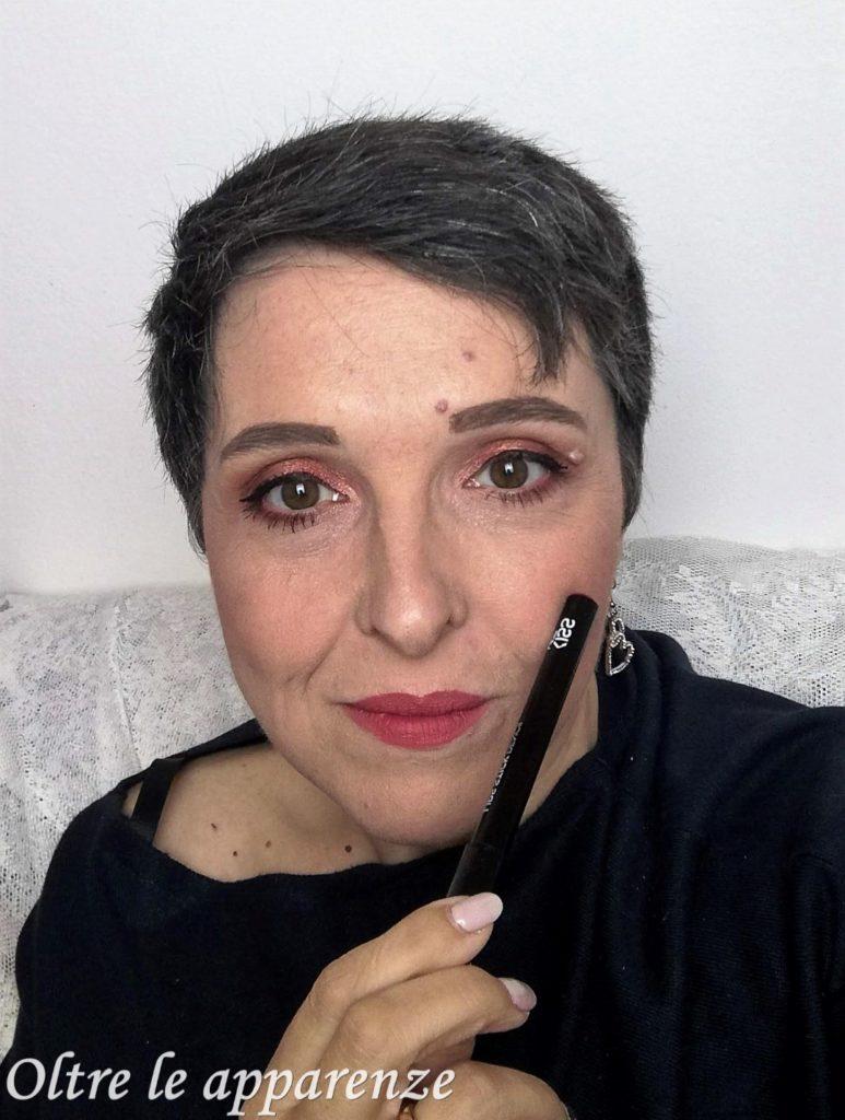 kissme make up box