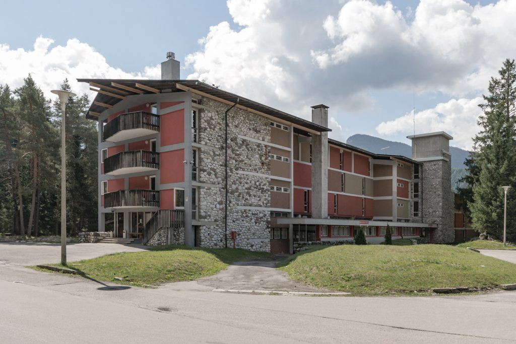 VACANZA IN MONTAGNA - VILLAGGIO ENI (Corte delle Dolomiti)